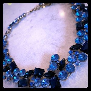 Jewelry - Short stone blue with golden accents necklace